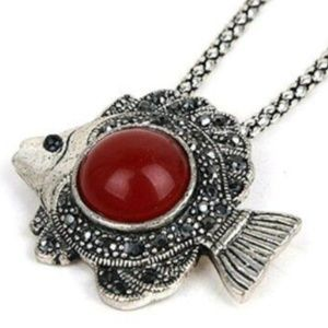 Jewelry - Silver Sea Life Angel Fish Necklace Red Green 18""